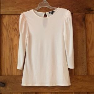 Express blouse with puff sleeve